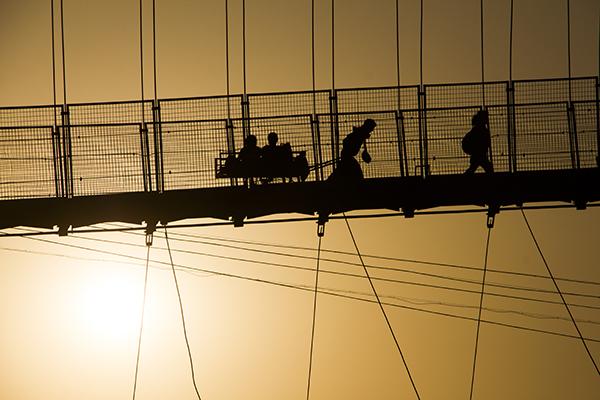 bridge-sunset-rishikesh