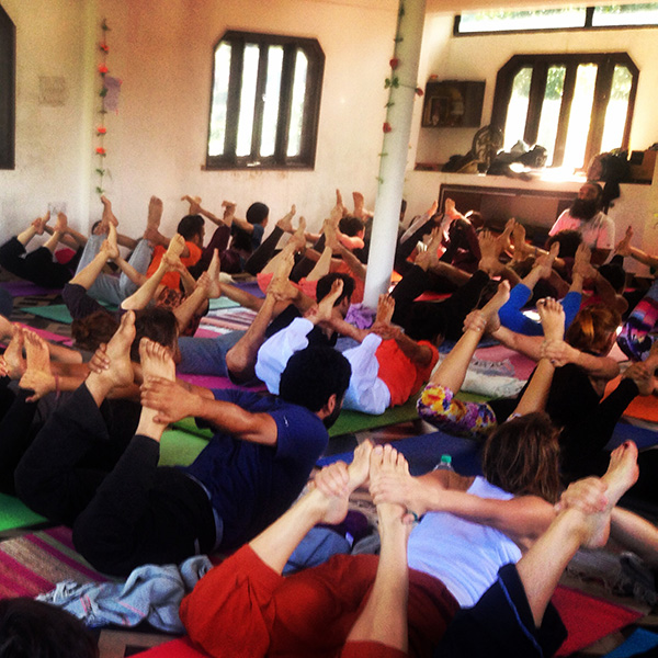 yoga-class-surinder-singh-rishikesh